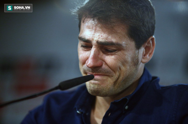 Nước mắt Iker Casilles - nước mắt cá sấu?