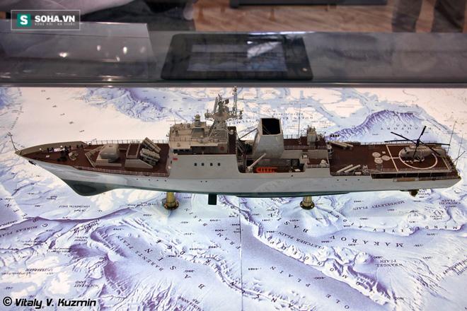 Mô hình tàu hộ vệ tên lửa KBO-2000
