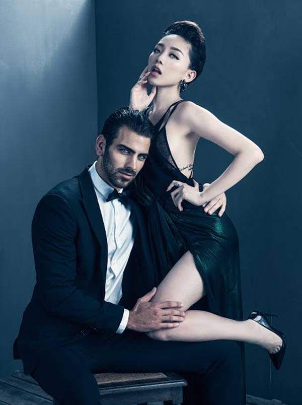 Nhưng khi bắt cặp với Tân Quán quân Americas Next Top Model Nyle DiMarco, Tóc Tiên lại trở về với hình ảnh của 1 mỹ nhân gợi cảm, quyến rũ.