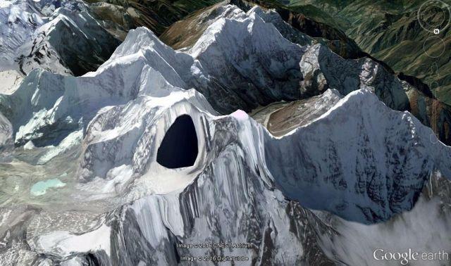 Phần Google Earth bôi đen