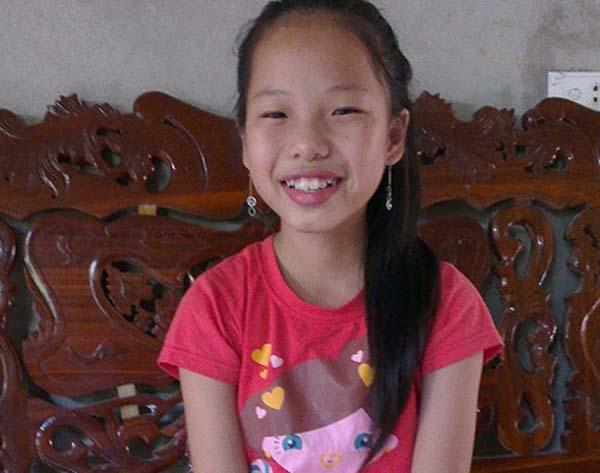 Võ Thị Thu Hà sinh ra trong một gia đình thuần nông. Dù không có cuộc sống quá khá giả, song bù lại cô là người khá ngoan ngoãn, chăm chỉ học tập và biết vâng lời người lớn.