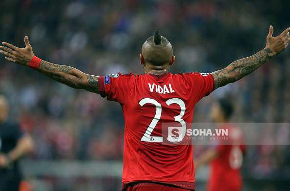 Vidal ghi bàn cho Bayern Munich ngay ở phút thứ 2.