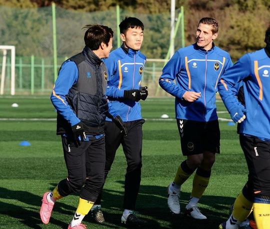 Xuân Trường là cầu thủ hiếm hoi của Incheon United đang được trọng dụng trên ĐTQG.