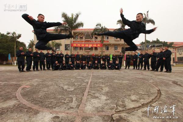 Họ cho rằng những tuyệt kỹ của môn phái Thiếu Lâm sẽ được phát huy tối đa khi 30 cao thủ này gia nhập Thủy quân lục chiến