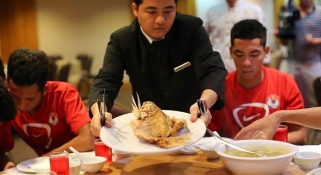U19 Việt Nam được đầu tư ăn uống rất kĩ càng, thậm chí là xa hoa!