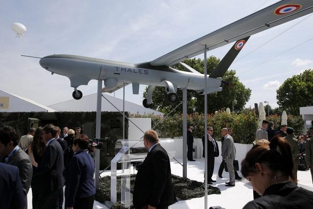 Tập đoàn Thales Watchkeeper của Anh mang tới triển lãm máy bay chiến thuật không người lái ISTAR.