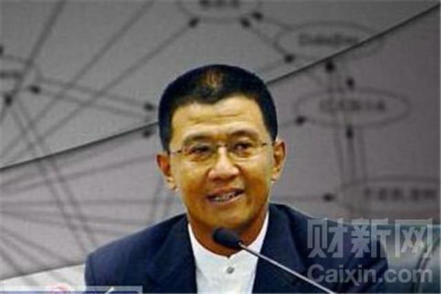 """""""Tiểu đệ"""" Lệnh gia là Lệnh Hoàn Thành từng làm việc nhiều năm tại Tân Hoa Xã dưới tên gọi """"Vương Thành""""."""