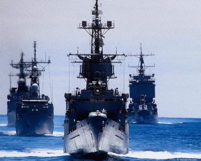 USS Long Beach (CGN-9) trong đội hình tác chiến của Hải quân Mỹ