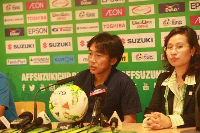 HLV Miura thích ĐT Việt Nam chơi cống hiến hết mình