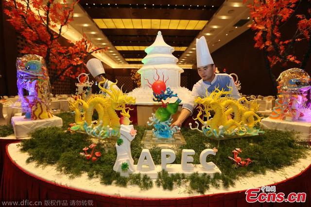 Hội nghị thượng đỉnh châu Á - Thái Bình Dương APEC 2014 diễn ra tại Bắc Kinh, Trung Quốc, là cơ hội để Trung tâm Hội nghị Quốc gia Trung Quốc CNCC thể hiện sự sáng tạo về ẩm thực, mang tới trải nghiệm mới mẻ cho các thực khách.
