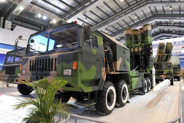 Giới truyền thông Bắc Kinh cho rằng, FD-2000 đã thể hiện công nghệ tên lửa phòng không tiên tiến trên thế giới hiện nay, đánh dấu Trung Quốc trở thành nước thứ ba trên thế giới sở hữu công nghệ và năng lực phòng không hiện đại này.