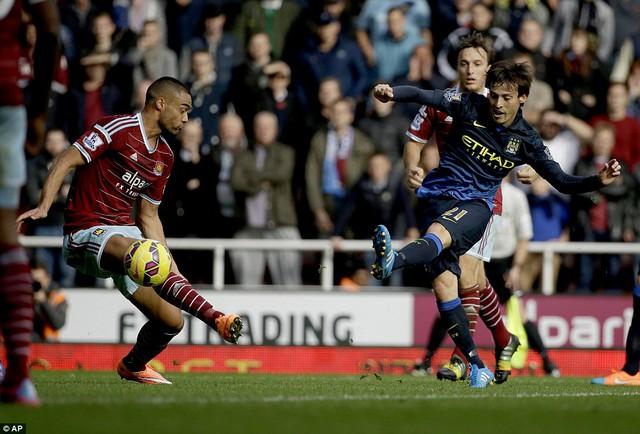 David Silva ghi bàn danh dự cho Man City