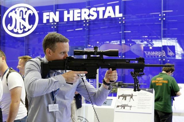 Sản phẩm súng trường của tập đoàn FN Herstal, Bỉ.
