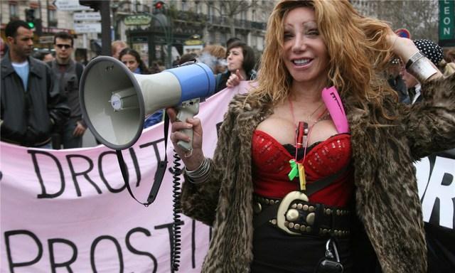 Năm 2007, một cuộc biểu tình đòi chính phủ thừa nhận mại dâm cho đàn bà, đàn ông và cả chuyển giới nhưng đến nay vẫn vô hiệu