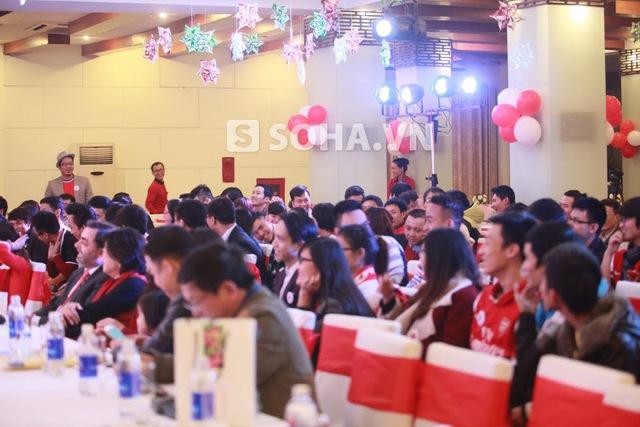 Buổi gặp mặt của NHM Arsenal tại Hà Nội diễn ra từ khoảng 17h00 chiều hôm qua tới rất khuya