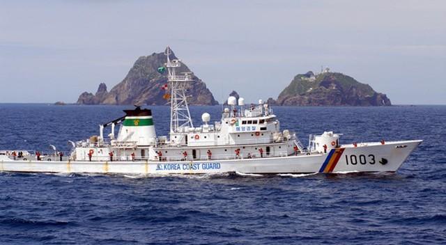 Tàu tuần tra lớp sông Hàn số hiệu 1003, được đóng bởi công ty công nghiệp nặng Hanjin. Gia nhập biên chế vào năm 1983, tàu được viện trợ cho Cảnh sát biển Việt Nam và mang tên mới: CSB 8003