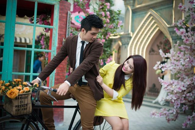 Hoàng Yến và Vũ Hà Anh được coi là 1 trong những cặp đôi đẹp của showbiz Việt.