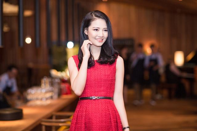 Cũng khá lâu sau khi tập trung vào công việc kinh doanh, Trần Thị Quỳnh mới xuất hiện tại event.