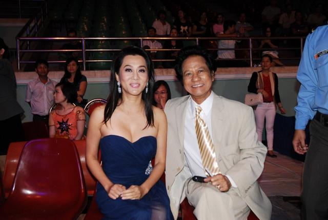 Vừa qua, Chế Linh đã có đêm diễn tại Tiền Giang. Đêm nhạc nằm trong chuỗi lưu diễn của Chế Linh tại các tỉnh miền Nam.