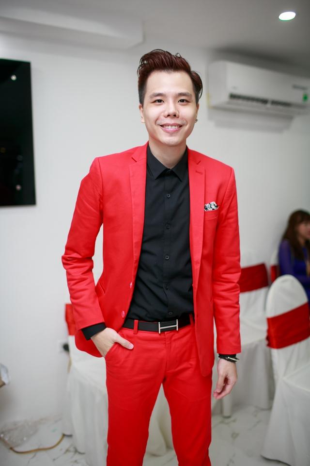 Ca sĩ Trịnh Thanh Bình.