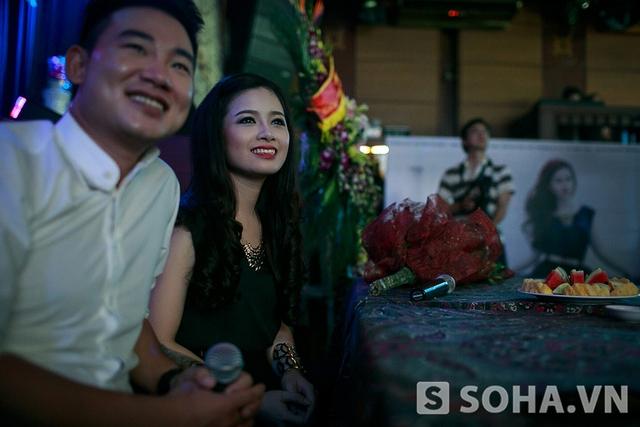 Trước đó, ca khúc từng được phát hành online và nhanh chóng thu hút cộng đồng mạng. Đây cũng là động lực thôi thúc Dương Hoàng Yến thực hiện MV này.