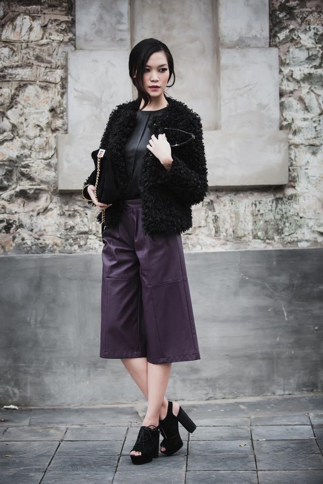 Là một trong số những Hoa hậu được đánh giá cao về phong cách ăn mặc, Thùy Dung luôn nhanh nhạy trong việc cập nhật xu hướng thời trang mới.