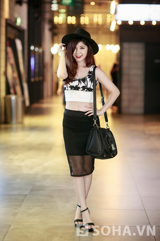 Dường như, hot girl Hà Thành muốn khẳng định sự trưởng thành hơn của bản thân ở thời điểm hiện tại.