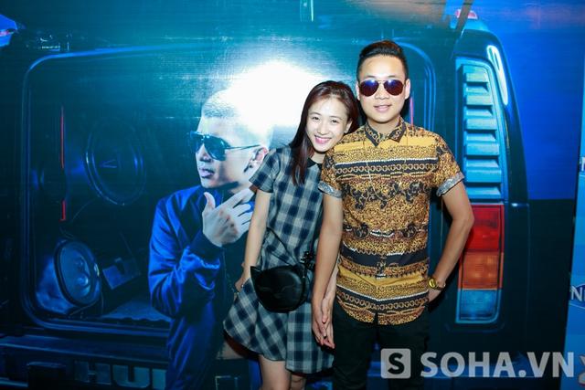JustaTee cùng cô bạn gái cũng góp mặt với vai trò khách mời.