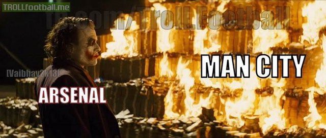 Arsenal thiêu rụi núi tiền Man City