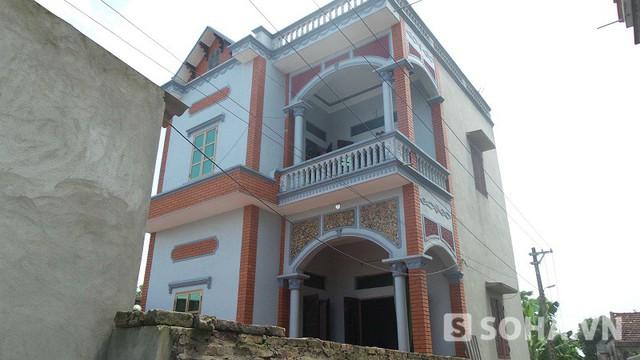 Ngôi nhà khang trang của vợ chồng Doan sinh sống lại xảy ra cái chết oan uổng cho anh Trần Văn Hệ.