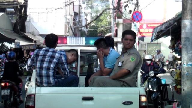 Bắt nóng nhóm giang hồ Hải Phòng bắt giữ và hành hung người - Ảnh: Đại Việt