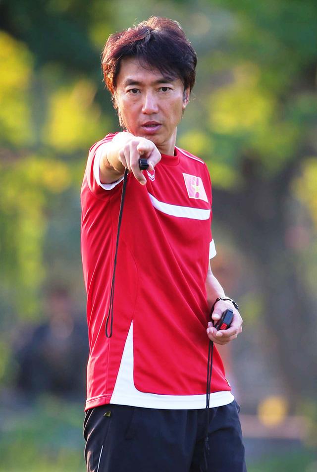 Cần đặt nhiều niềm tin hơn vào thầy trò HLV Miura