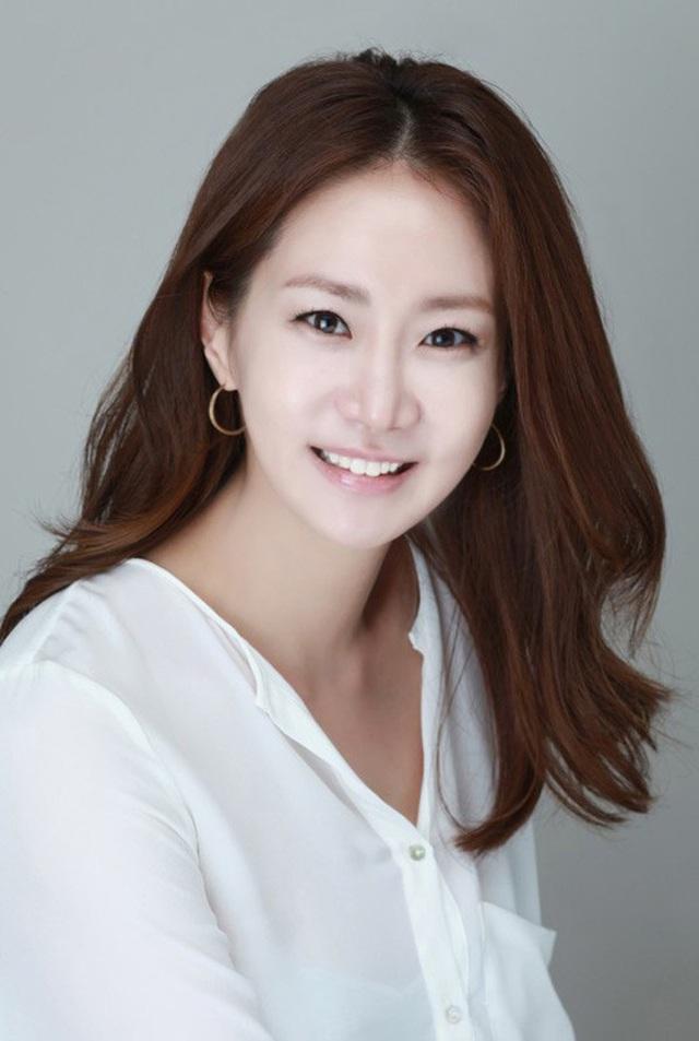 Hiện tại, mắt trái của Shin Eun Kyung gần như không còn nhìn thấy được nữa.