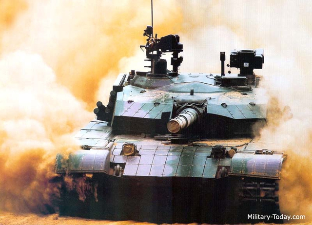 Theo OE Watch, dù Trung Quốc không tiết lộ danh tính loại xe tăng nào đã đại bại nhưng căn cứ vào hình ảnh được công bố trước đó về cuộc tập trận này cho thấy đây chính là tăng Type 99 - loại tăng chủ lực hiện nay của Lục quân Trung Quốc.
