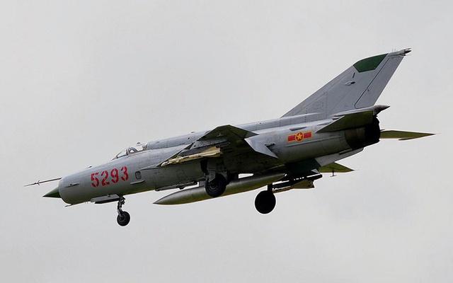 F-105 bộc lộ nhiều điểm yếu khi đối đầu với MiG-21 Việt Nam.