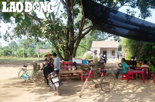 Người dân làng Găng xã Nghĩa Hưng, huyện Nghĩa Đàn đang hoang mang vì tin đồn thất thiệt.