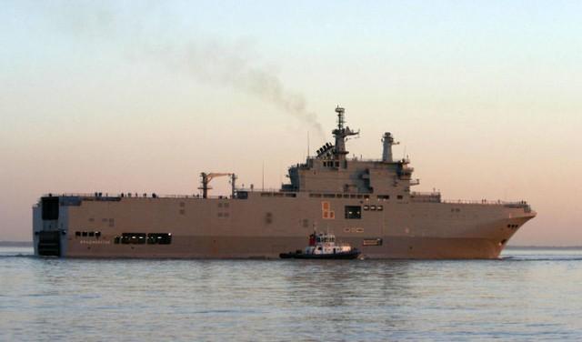 Tàu đổ bộ Vladivostok (lớp Mistral) mà Pháp đóng cho Nga. Ảnh: Defense Update