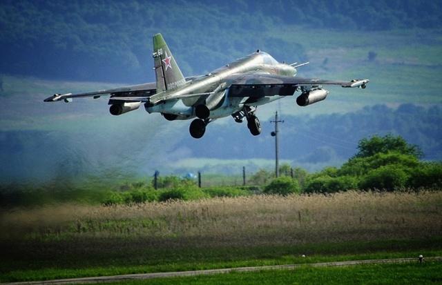 Máy bay cường kích Su-25SM.