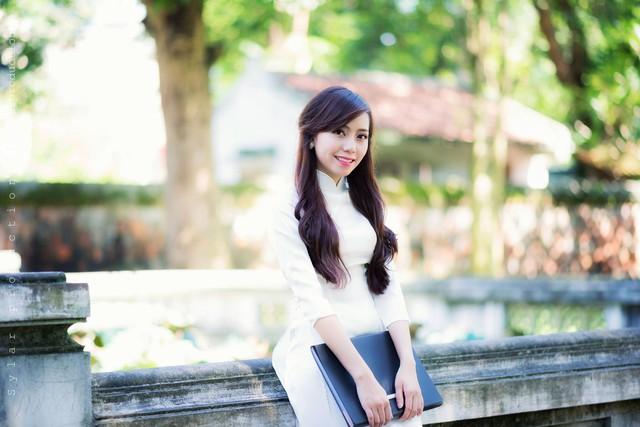 Nhân ngày Báo chí cách mạng Việt Nam, Linh xin gửi lời chúc tốt đẹp nhất tới tất cả những ai đang theo đuổi công việc đầy vinh quang cũng như khó nhọc này.
