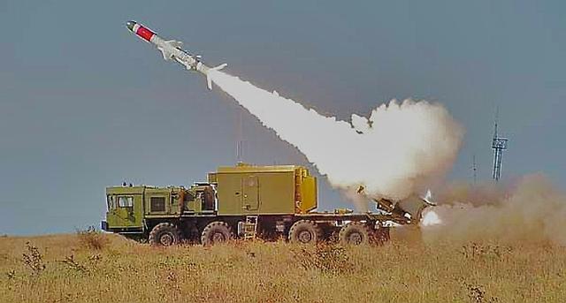 Với sức mạnh của YJ-62, hệ thống Bal-E không thể sánh được với dòng tên lửa của Trung Quốc kể cả khi được nâng tầm, Bal-E cũng chỉ đạt được tầm bắn là 300km, trong khi đó YJ-62 là 400km, Sina nhận định.