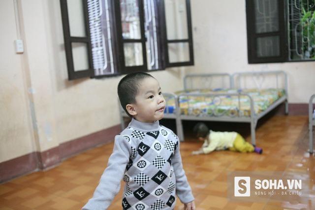 Bé trai Nguyễn Văn Cộng đã có mẹ là chị Nguyễn Thị Bình đến nhận