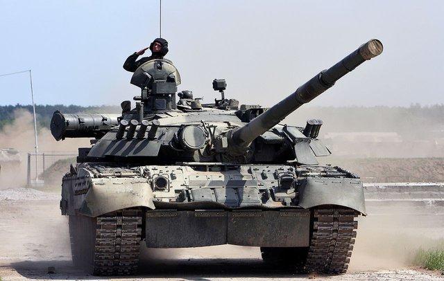 Xe tăng chiến đấu chủ lực T-80U của Nga