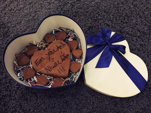 Hộp chocolate Tâm Tít tự tay làm tặng chồng nhân ngày lễ Valentine.