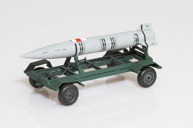 Raduga Kh-15 hay RKV-15 (tiếng Nga: Х-15; NATO:AS-16 Kickback;GRAU:) là một loại tên lửa không đối đất của Nga.