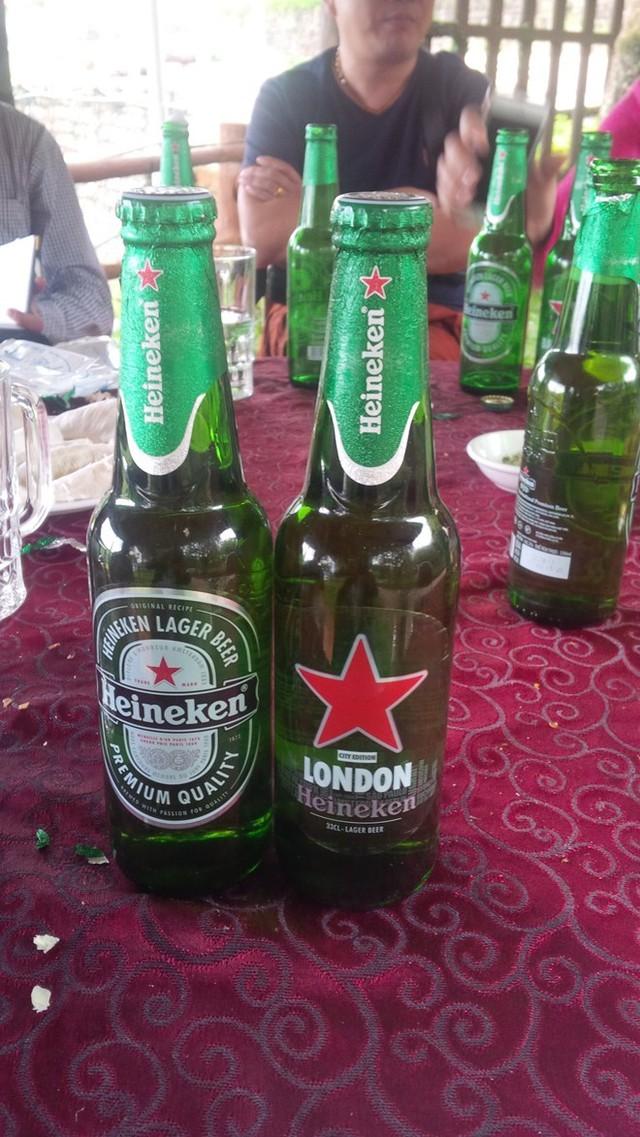 Mặt trước của chai bia Heineken hết hạn.
