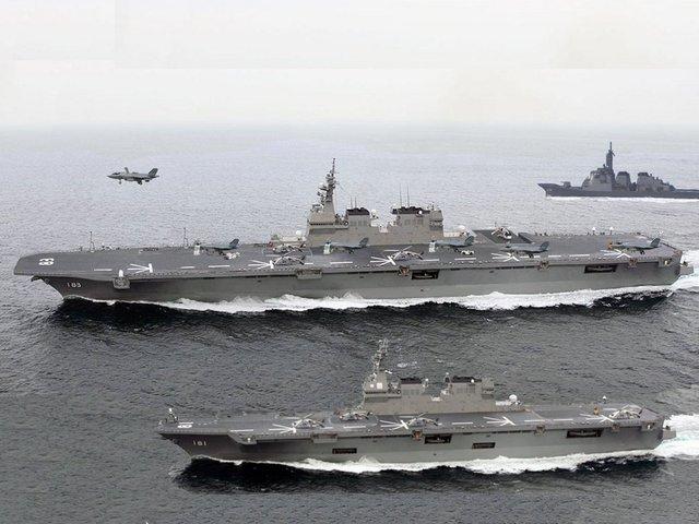 Khu trục hạm mang trực thăng Izumo và Hyuga