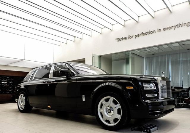 Đây là chiếc Rolls Royce Phantom Series II thứ 2 về Việt Nam