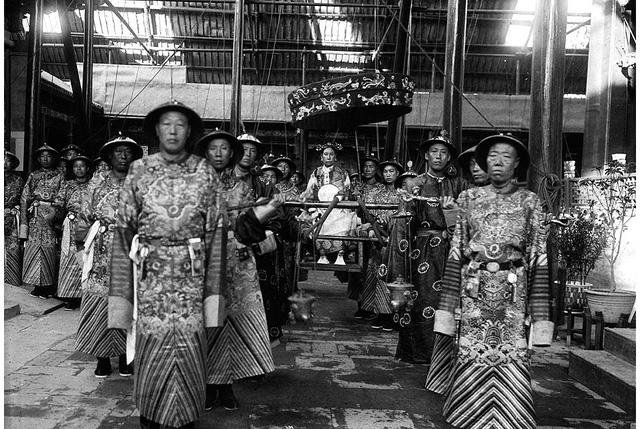 Từ Hy là người phụ nữ có thực quyền còn cao hơn cả Đồng Trị và Quang Tự - hai vị vua cuối đời Thanh.