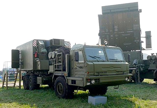 64L6E GAMMA-S1E đặt trên khung gầm xe tải đa dụng Baz-64022 để tăng khả năng việt dã.