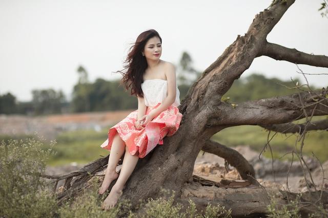 Hoàng Yến cũng vui vẻ tiết lộ vào ngày 12/9 tại Hà Nội và 18/9 ở TP. Hồ Chí Minh, cô sẽ có sự xuất hiện đặc biệt, với tư cách khách mời trong liveshow của nam danh ca Peabo Bryson tại Việt Nam.